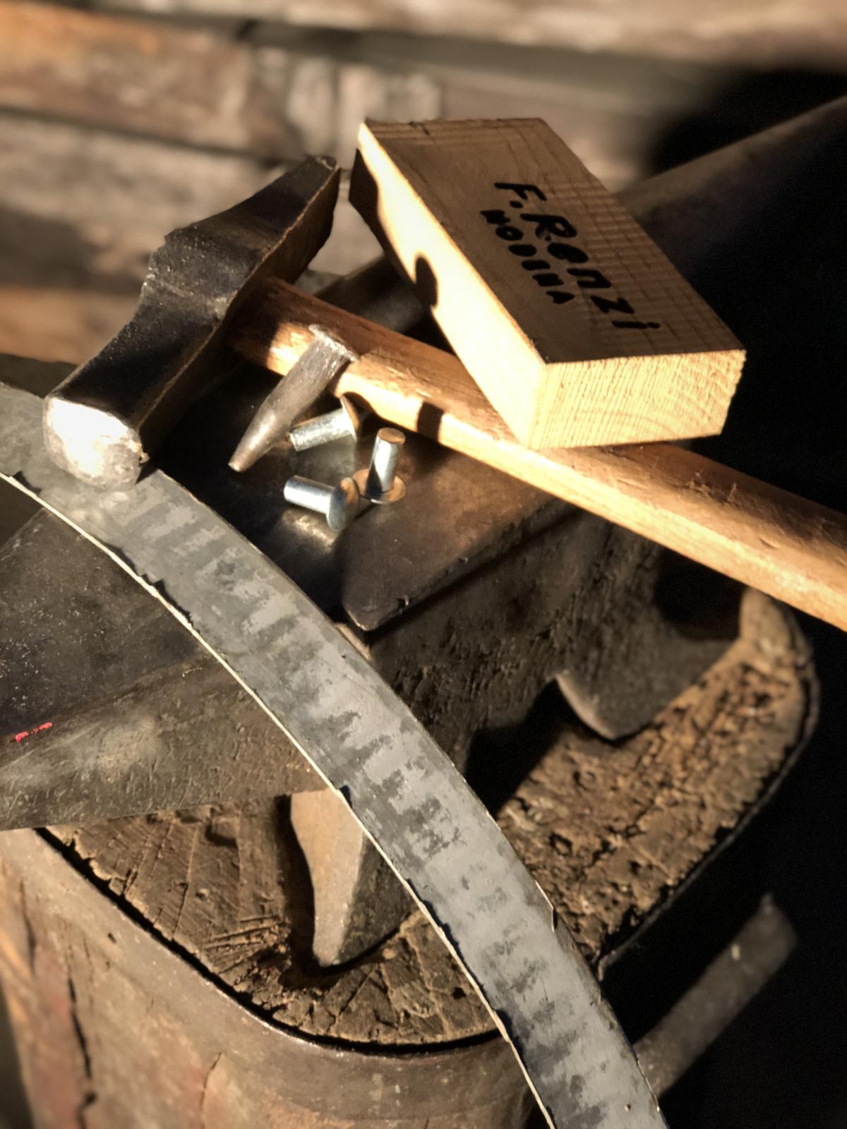 Riparazione botti in legno